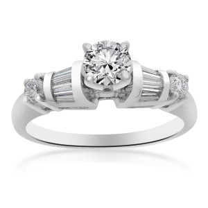 Platinum Natural Round Cut Diamond Ring