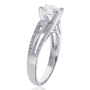 18K White Gold Natural Round Diamond Split Shank Ring