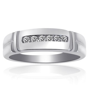 14K White Gold 0.25 Ct Round Cut Diamond Wedding Band Ring Size 10.25