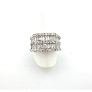 18K White Gold 3.25 Ct Baguette & Round Diamonds Wedding Band Ring Size 7