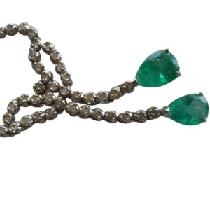 14K White Gold Pear Shaped Emerald & Round Cut Diamond Necklace