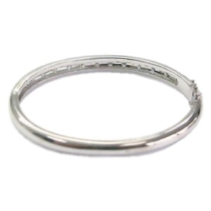 18Kt Round Cut Diamond White Gold Bangle Bracelet