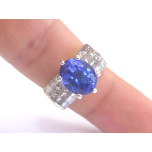 18K Yellow Gold Gem Tanzanite Diamond Ring