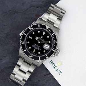 Rolex Submariner 16610 41mm Mens Watch