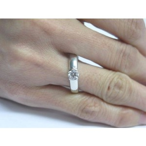 Tiffany & Co. Platinum with 0.44ct. Diamond Engagement Ring Size 8.75