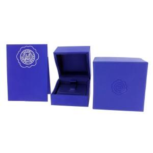 Tacori 18K White Gold Wedding Ring Size 10.25