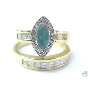 Natural Opal & Diamond Princess Cut Solid Yellow Gold Engagement Set 14Kt 1.30Ct