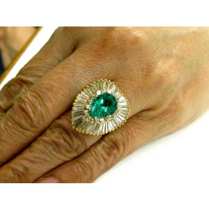Colombian Beryl Emerald & Diamond Ballerina Ring 18Kt Yellow Gold 5.89Ct GIA