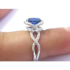 18Kt Gem Blue Sapphire & Diamond Solitaire With Accent Jewelry Ring 3.45Ct