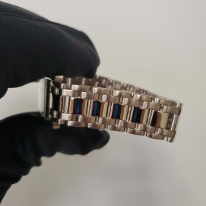 Cartier Tank Americaine 1726 18K White Gold Automatic Watch