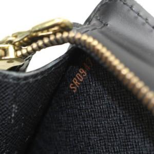 Louis Vuitton Pochette Noir Homme 869544 Black Leather Clutch