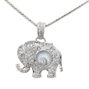 18k White Gold Large Elephant 0.77 Diamond Pendant