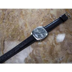 Seiko 5 DX Automatic Men's Sports  Vintage Circa 1970 Watch