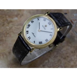 Waltham Maxim Gold Plated Stainless Steel & Leather Manual Vintage 34mm Mens Watch 1980s