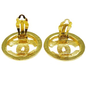 Chanel CC Logos Gold Tone Hardware CC Logo Clip-On Earrings