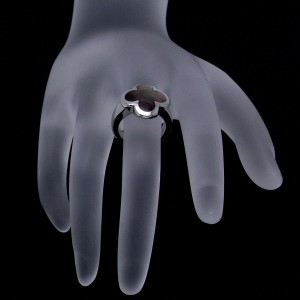 Van Cleef & Arpels Alhambra 18K White Gold Black Shell Ring Size 3.75