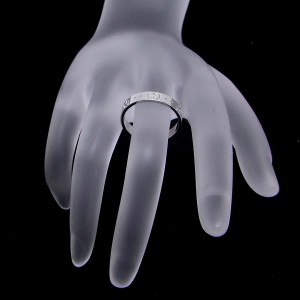 Gucci 18K White Gold Icon Ring Size 7.5