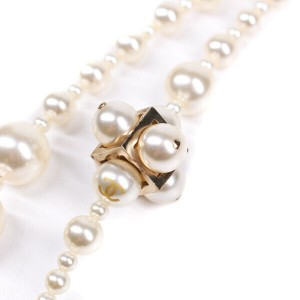 Chanel - Pearl Necklace - Cluster CC Long Gold Square Double Strand White