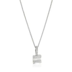 Diamonds Cluster Pendant in 14K White Gold 0.22 CTW