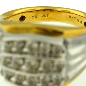 10K White And Yellow Gold Diamond Ring