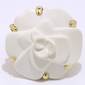 Chanel Camelia 18K Yellow Gold Cacholong Ring Size 7
