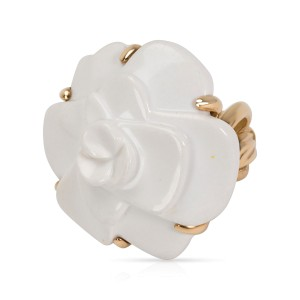 Chanel 18K Yellow Gold Ring Size 6