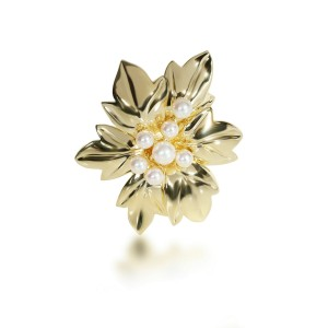 Tiffany & Co. Vintage Pearl Poinsettia Brooch in 18K Yellow Gold