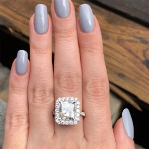 18k White Gold Engagement Ring with 6.10ct. Diamonds