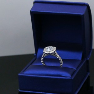 Precious 18k White Gold GIA Certified Engagement Ring with 3.25ct. Diamonds