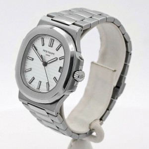 Men's Patek Philippe Nautilus Automatic 40mm, White dial,  5711/1A-011