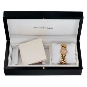 Van Cleef & Arpels Classic 122671 Gold 24.5mm Women's Watch