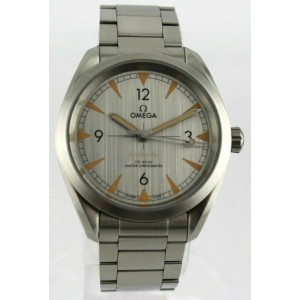 OMEGA SEAMASTER RAILMASTER 220.12.40.20.06.001 AUTOMATIC CO-AXIAL LUXURY WATCH