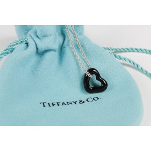 Tiffany & Co Sterling Silver Elsa Peretti Black Jade Open Heart Pendant Necklace Gorgeous