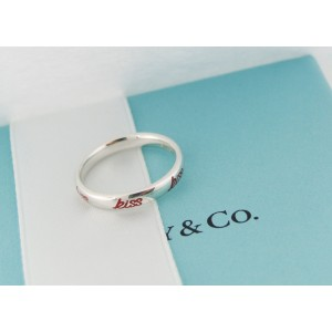 Tiffany & Co. Picasso Graffiti 925 Sterling Silver & Red Enamel Kiss Band Ring Size 6.5