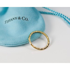 Tiffany & Co. Paloma Picasso 18K Yellow Gold Hammered Ring Size 5