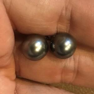 14k White Gold Tahitian Cultured Pearl Earrings