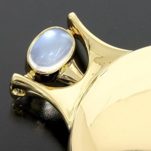 18K Yellow Gold Moonstone, Agate Brooch