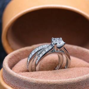 Platinum Engagement Rings Set with 2.50ct. Diamonds