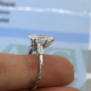 Amazing Platinum Engagement Ring with 2.05ct. Total Diamond Weight