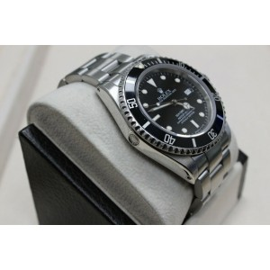 Rolex Sea Dweller 16660 Black Dial Stainless Steel Watch 40mm