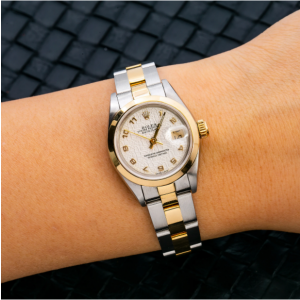 ROLEX OYSTER PERPETUAL DATE 69163 26MM WHITE DIAL WITH TWO TONE OYSTER BRACELET