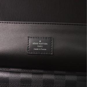 Louis Vuitton Hanging Toiletry Kit Damier Graphite