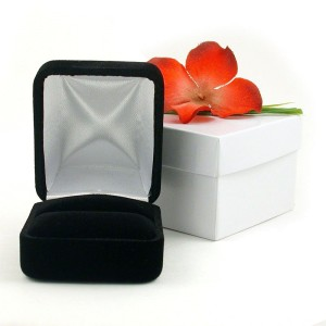 Tiffany & Co. Platinum Diamond Wedding Engagement Solitaire Ring