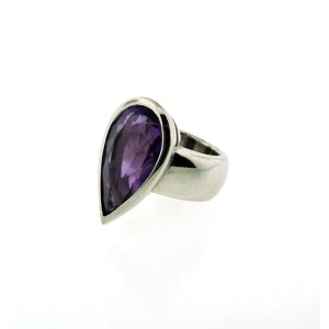 14K White Gold & Pear Shaped Amethyst Ring