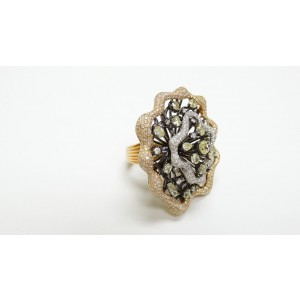 18K White & Fancy Yellow Diamond Fancy Pave Flower Cocktail Ring
