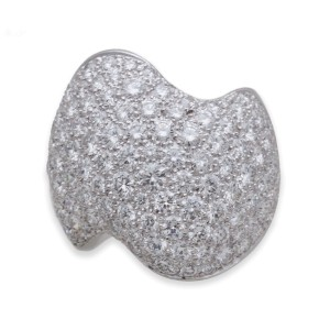 Van Cleef & Arpels 18k White Gold and Diamond Ring