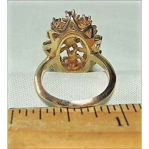 14K Yellow Gold with Ruby Flower Vintage Ring Size 6.5