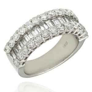 18KW 3 Row Diamond Ring