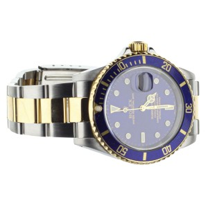 ROLEX SUBMARINER STAINLESS STEEL AND YELLOW GOLD 40MM BLUE DIAL FULL SET 16613
