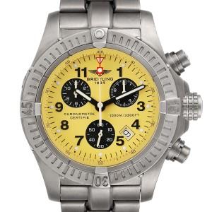 Breitling Aeromarine Chrono Avenger M1 Yellow Dial Titanium Watch E73360 Box